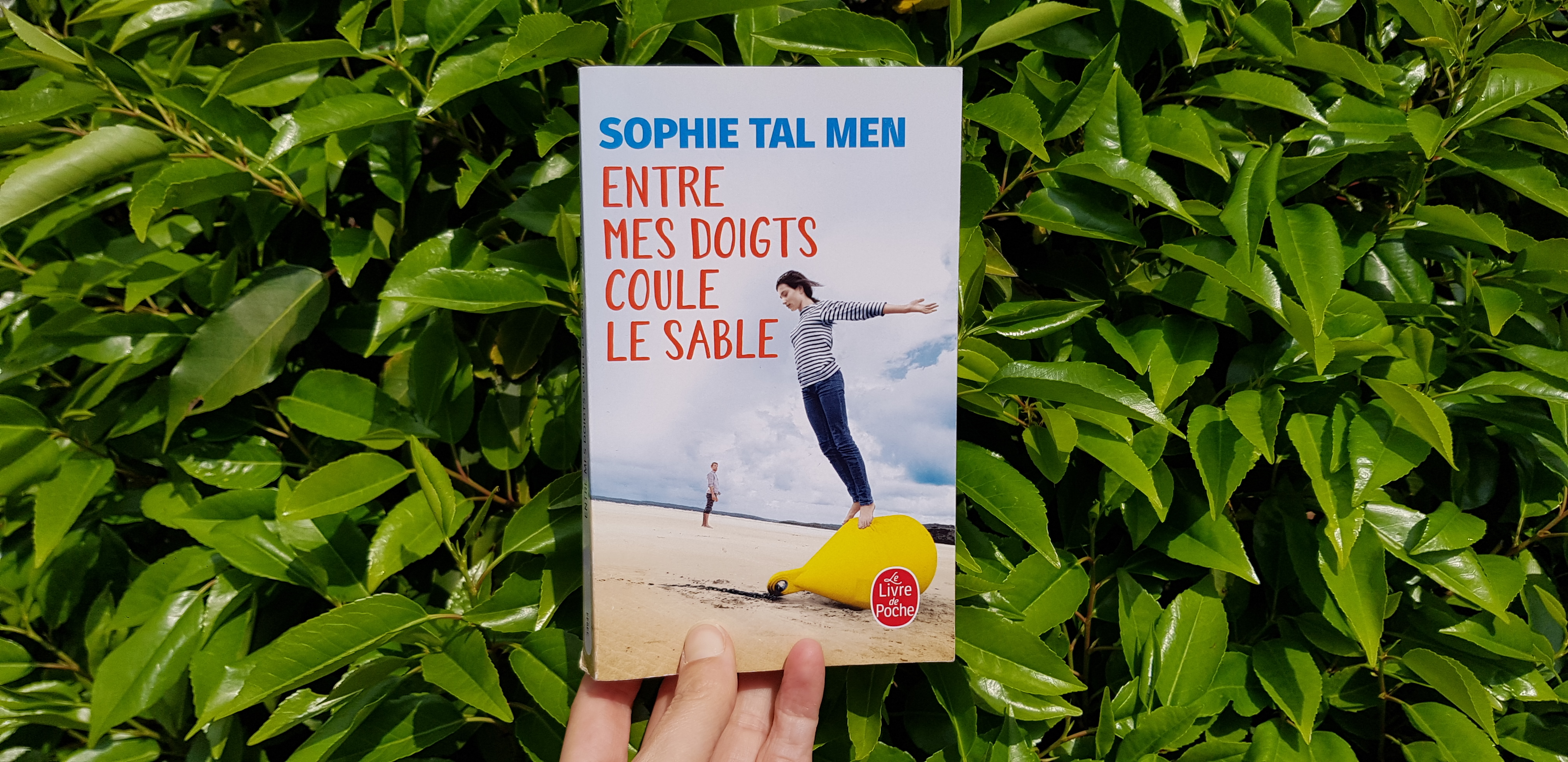 Entre mes doigts coulent le sable de Sophie Tal Men